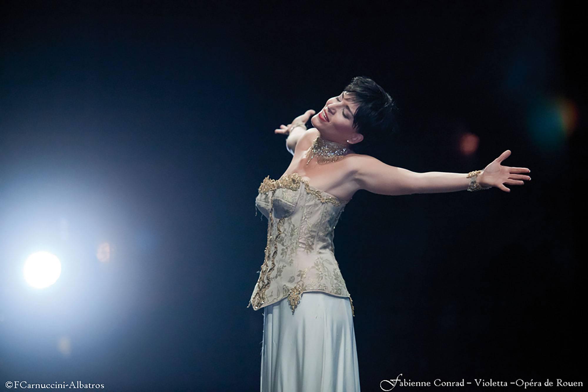 traviata-fabienne-conrad-01