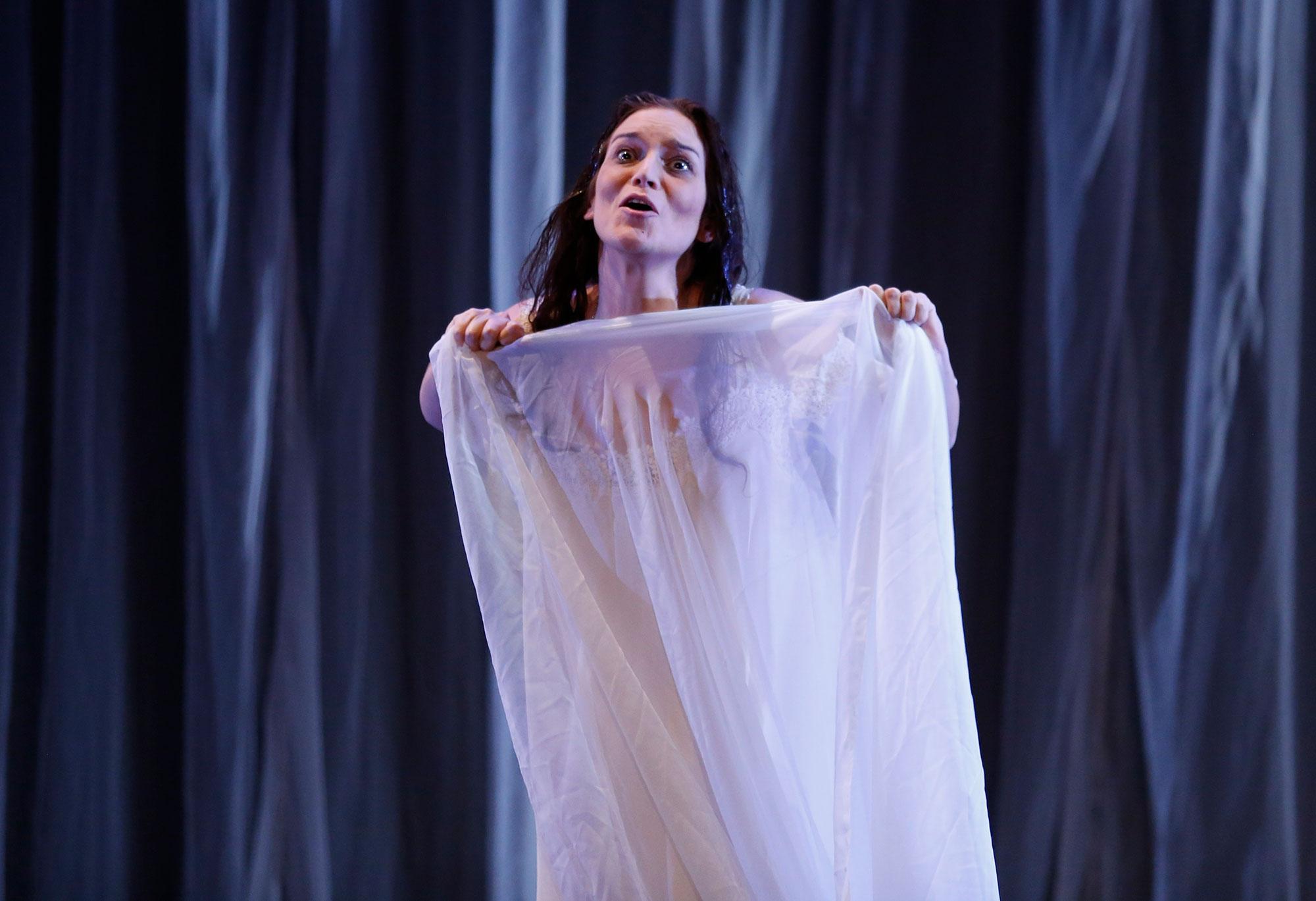 traviata-fabienne-conrad-07-a
